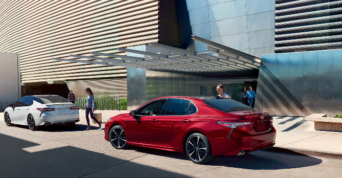 2018 Toyota Camry Leasing near West Des Moines, IA