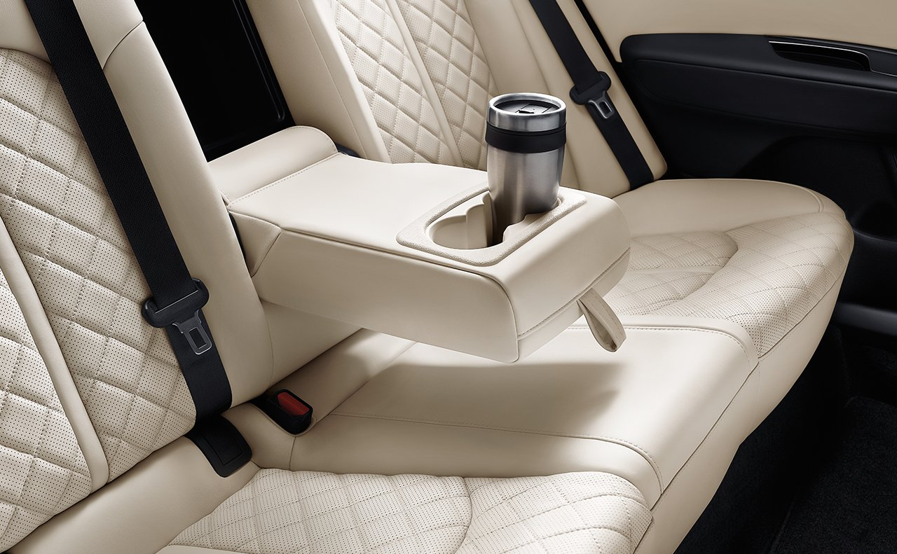 Enjoy the Comfortable Interior of the Optima!