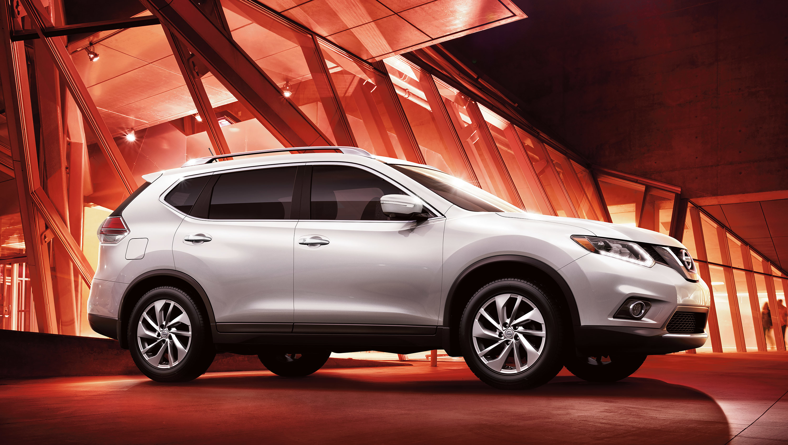 displays in zoom qc nissan is of at sold system gris this located by and being a rogue auto en the laval vehicle price