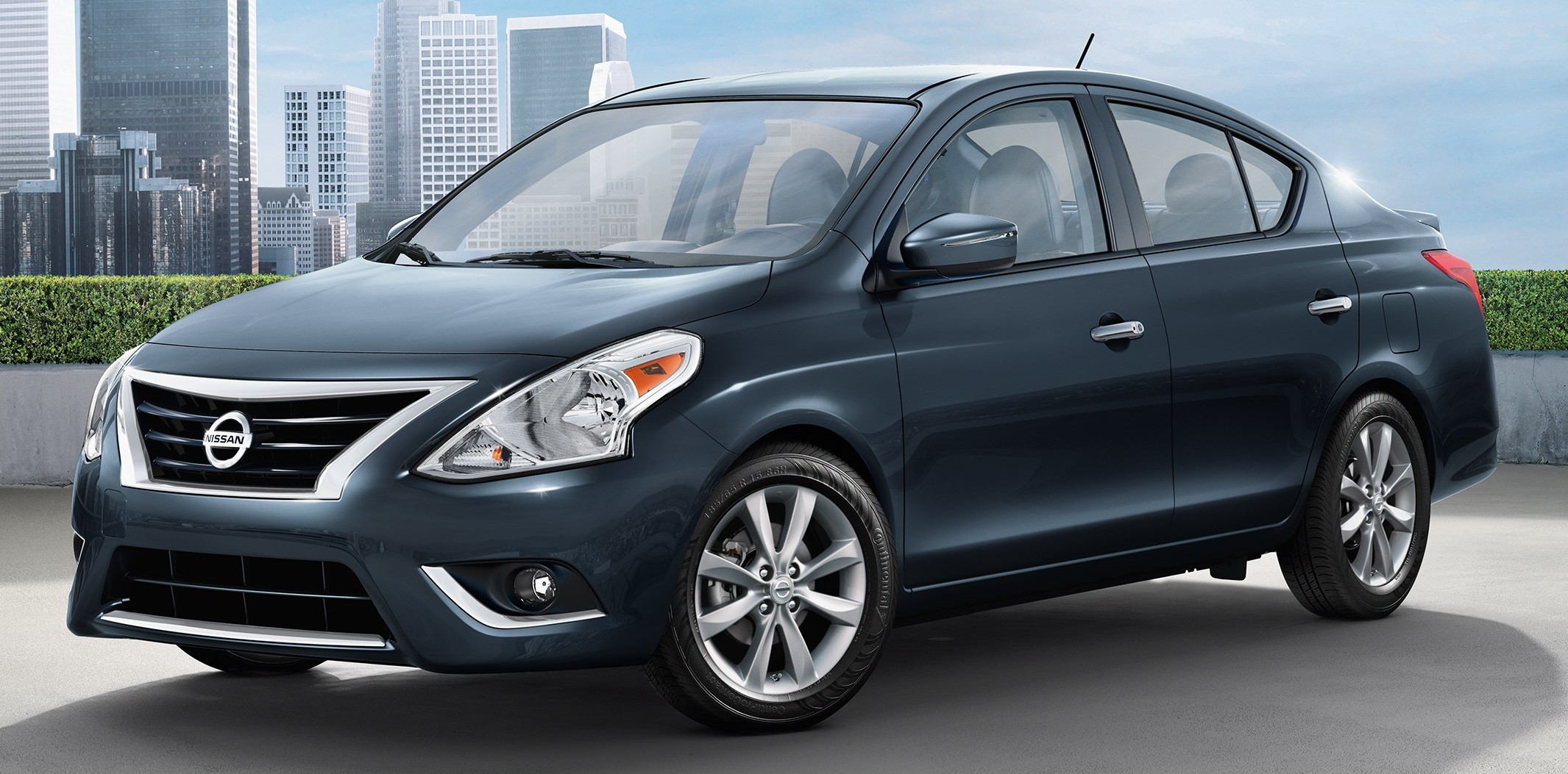 used r in sv for versa usage en francois autos es auto nissan le g st haut townships sale eastern inventory ca inc usag