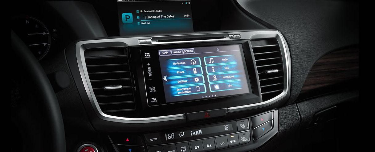 Multimedia System in the 2017 Accord