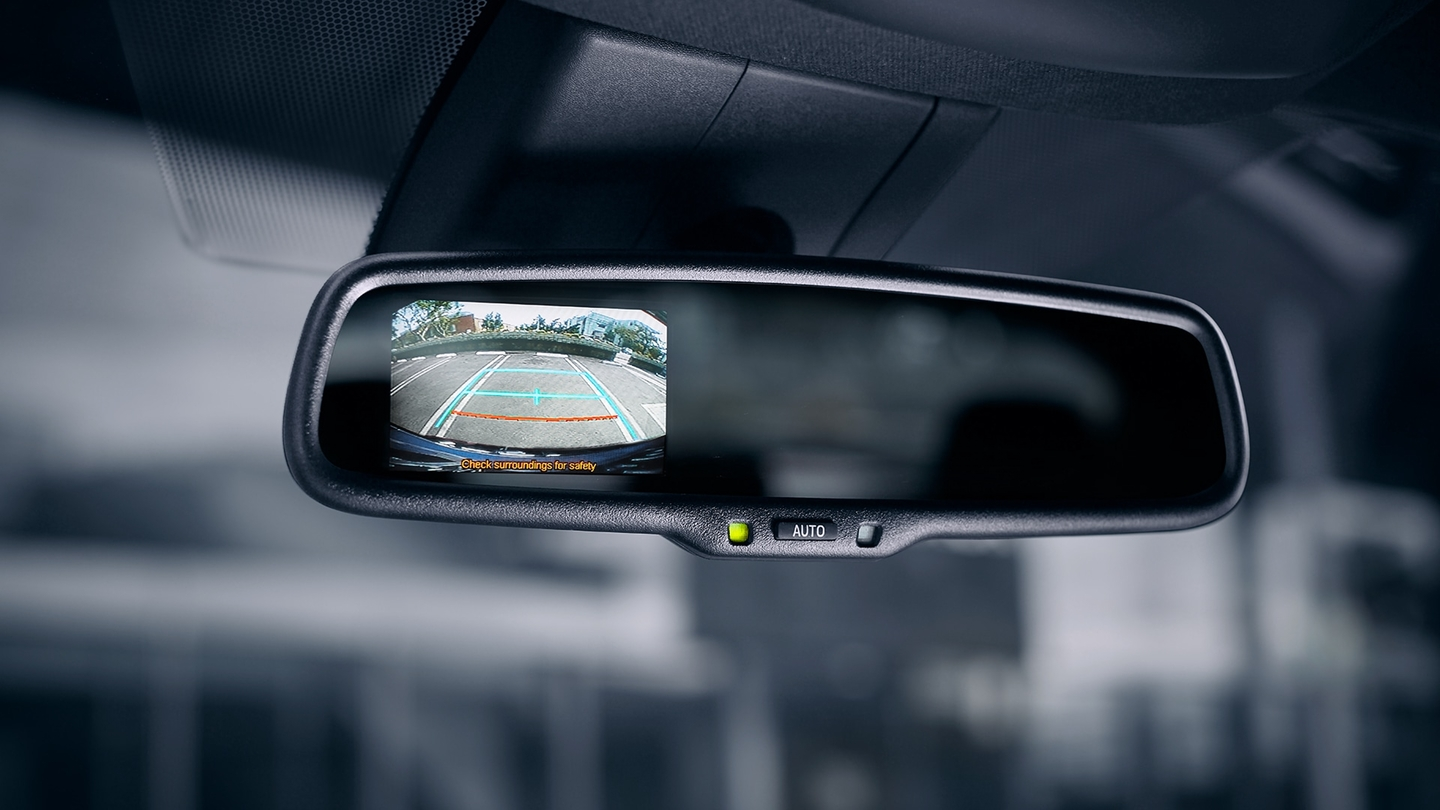 2018 Toyota C-HR with Backup Camera Display