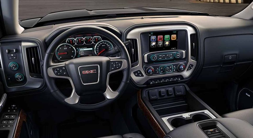 Interior of the 2017 Sierra 1500
