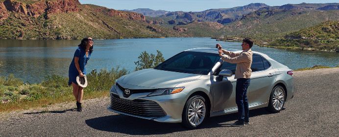 2018 Toyota Camry for Sale in Kansas City, MO - Molle Toyota