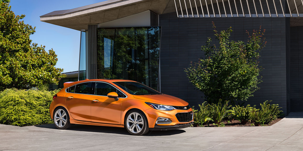 2017 Chevrolet Cruze Technology Features near Washington, DC