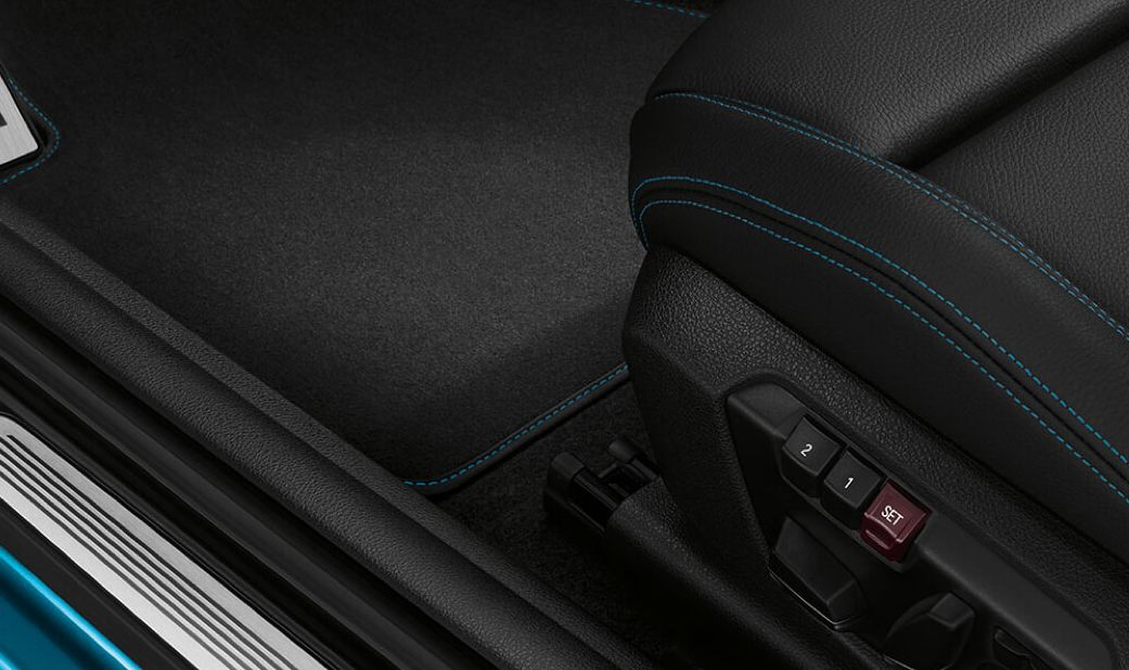 14-Way Power-Adjustable Seats in the BMW M2