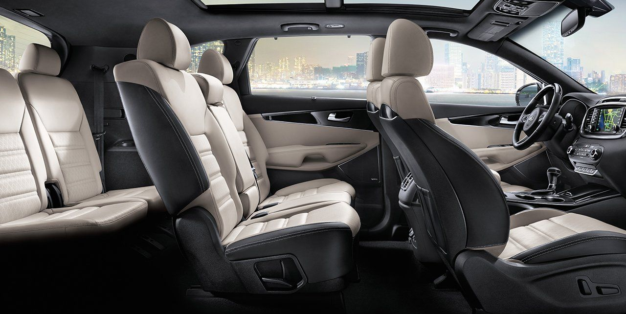 Available 14-Way Power-Adjustable Driver's Seat in the Sorento