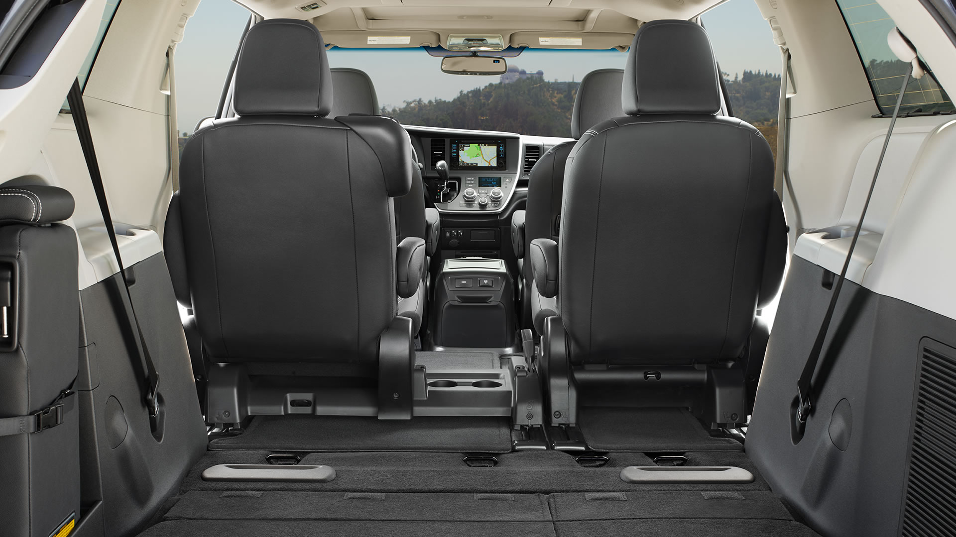 Toyota Sienna 2010-2018 Owners Manual: Using a flatbed truck