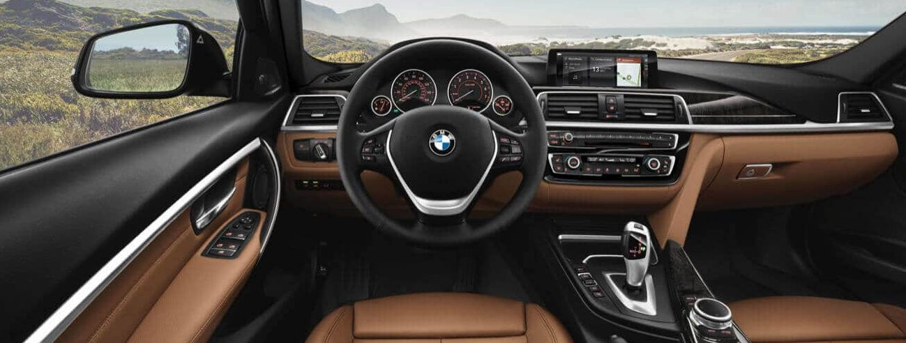 Leather-Appointed Interior of the 2018 3 Series