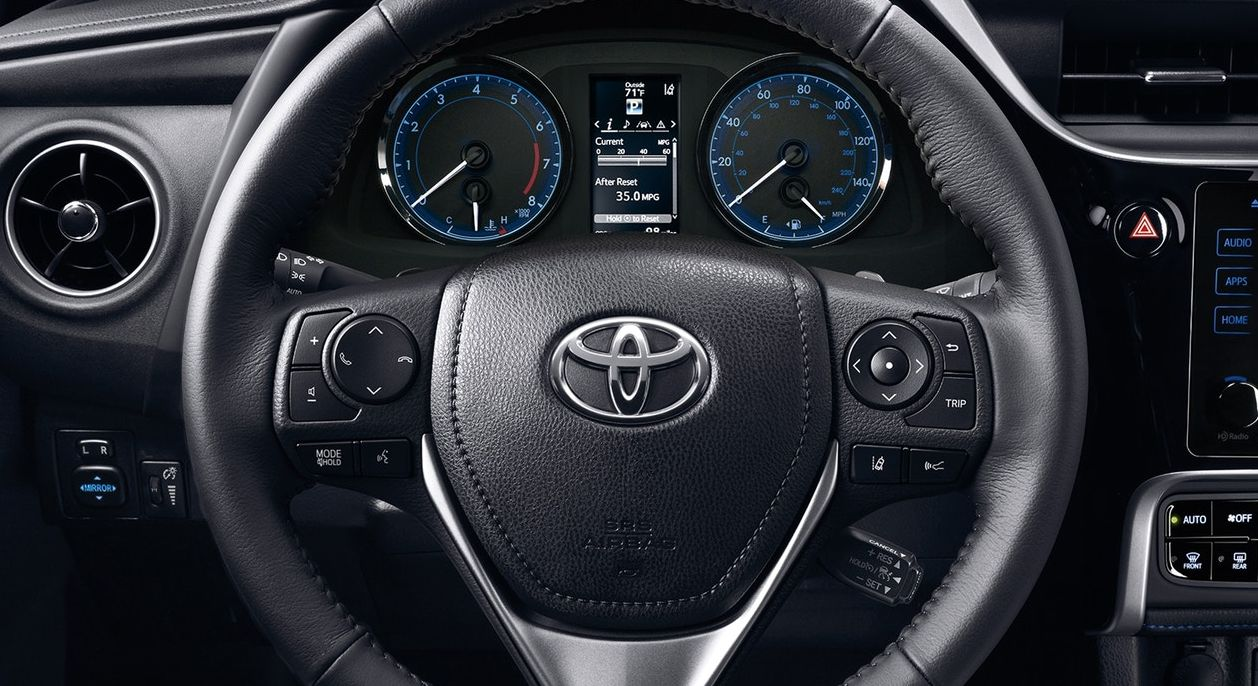 Toyota Corolla Owners Manual: Eco Driving Indicator (except vehicles with a manual transmission)