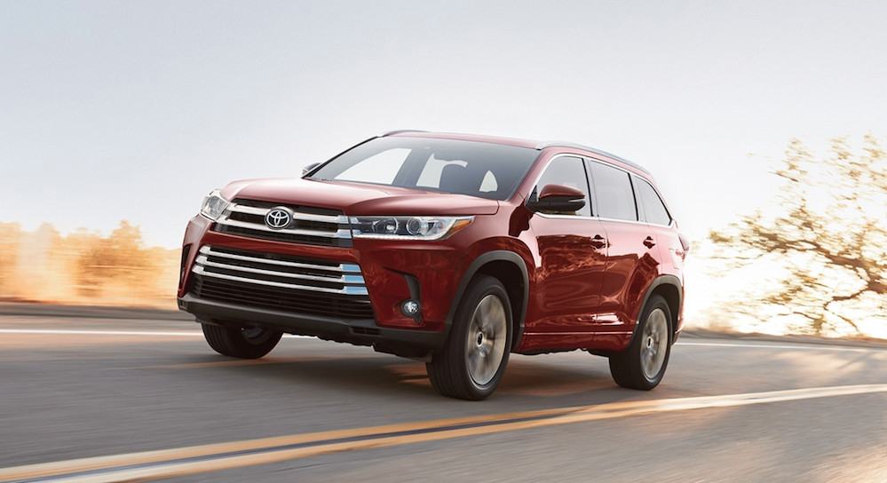 2018 Toyota Highlander available near Chatham
