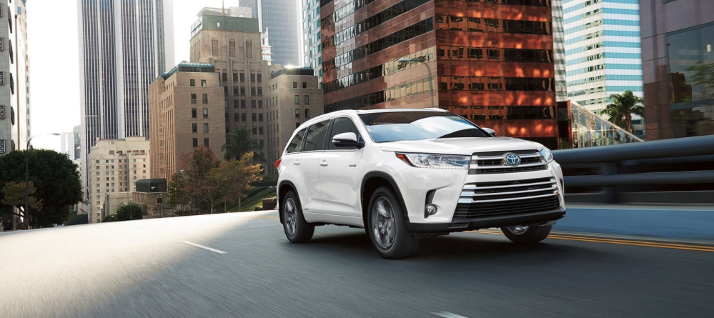 2018 Toyota Highlander Hybrid available near Madison
