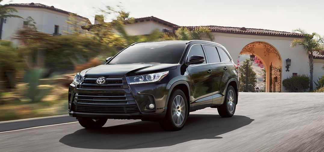 2018 Toyota Highlander Financing in Rockford, IL