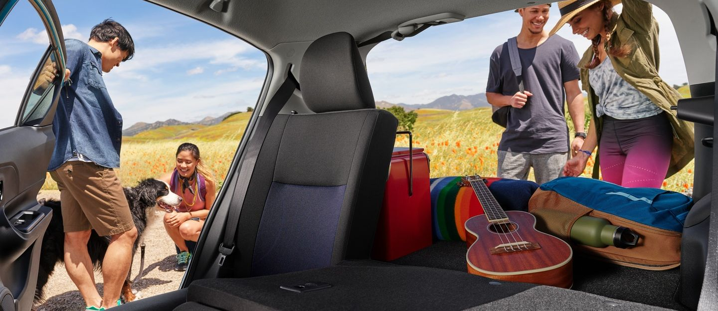 Accommodating Interior of the 2018 Toyota Prius c