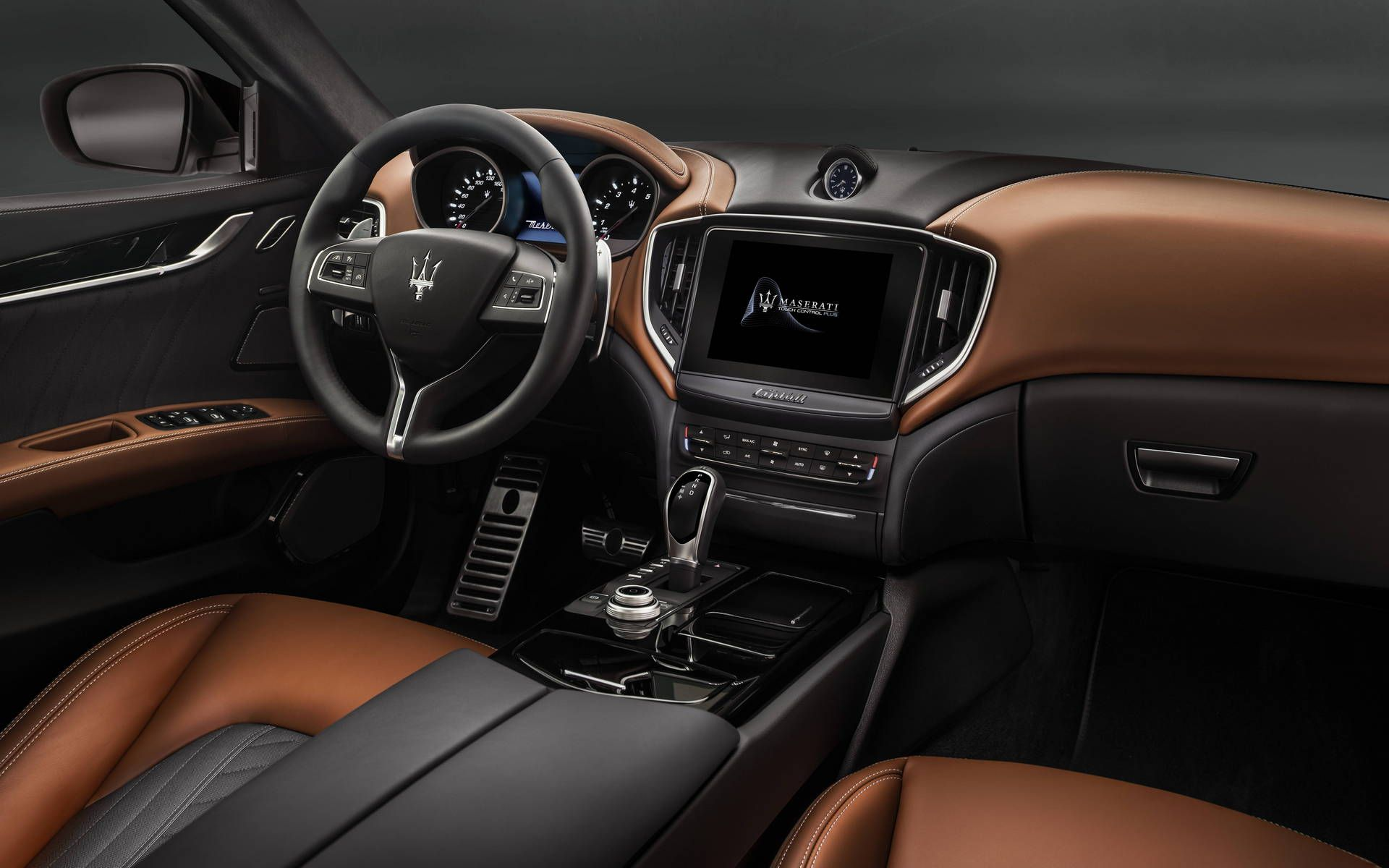 Maserati ghibli interior pictures