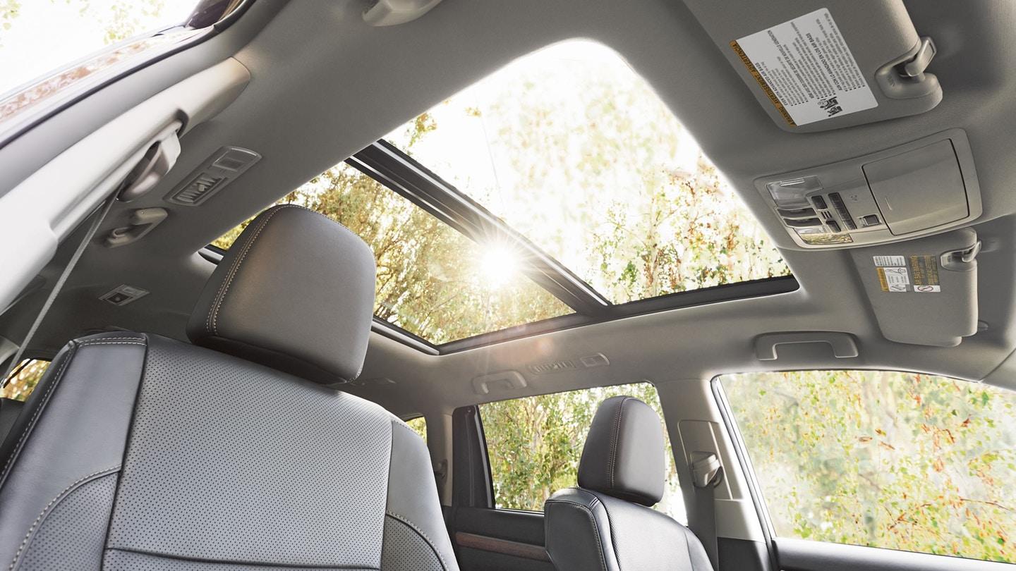 Toyota Highlander Owners Manual: Moon roof