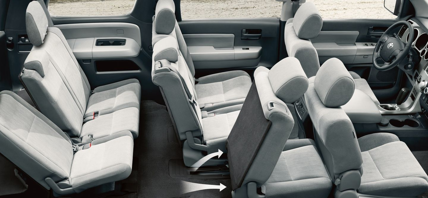Adaptable Interior of the 2018 Toyota Sequoia