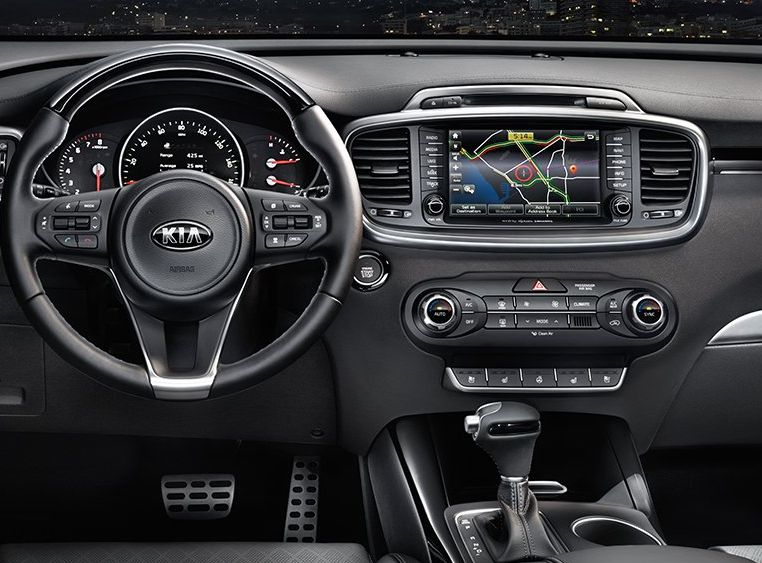 Interior of the 2018 Kia Sorento