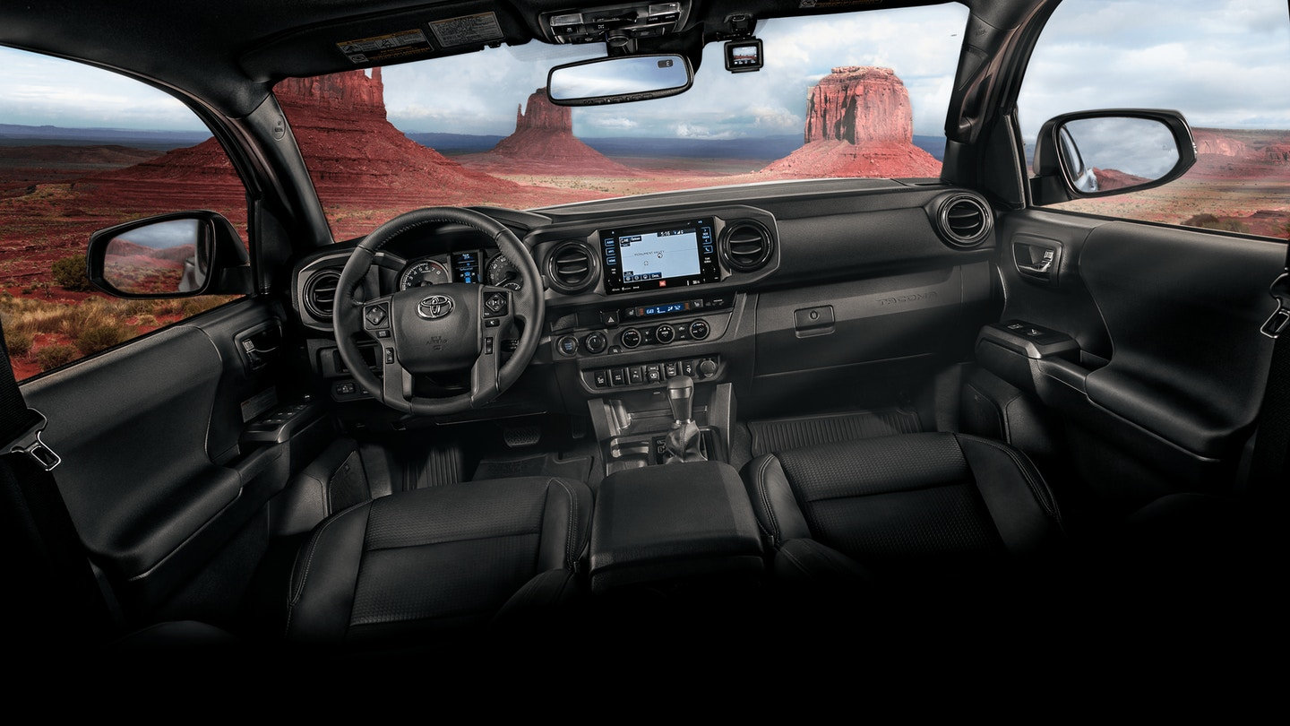 Tech-Loaded Interior of the 2018 Toyota Tacoma