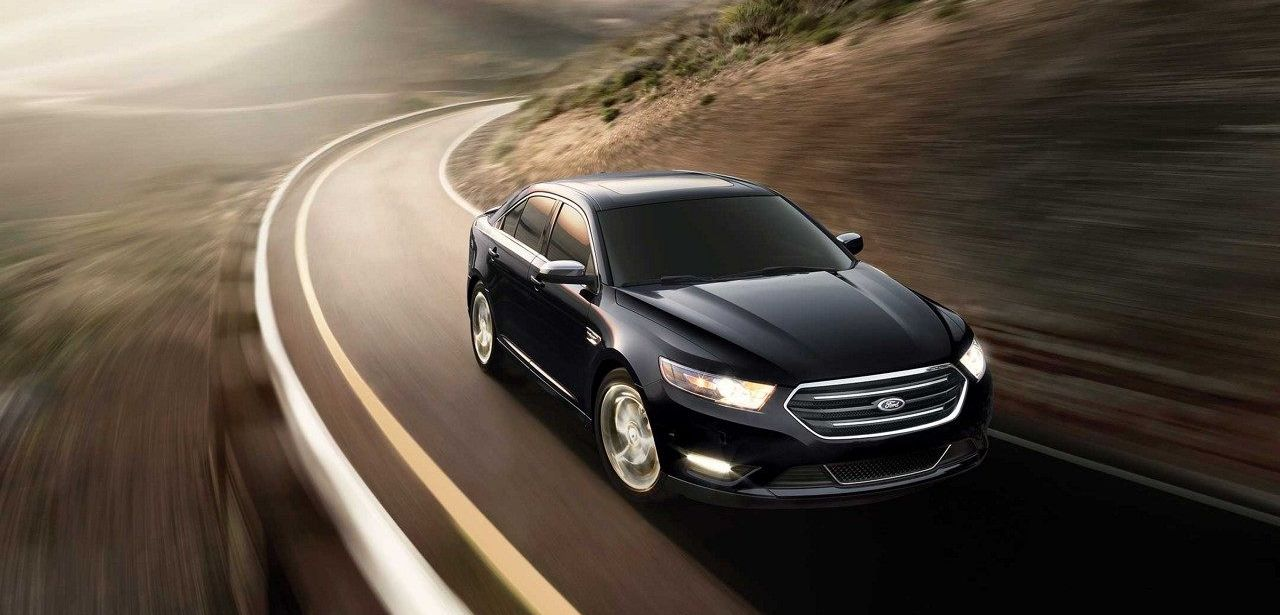2018 Ford Taurus Leasing in Garland, TX