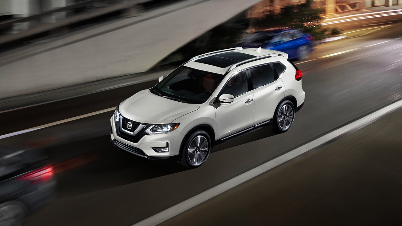 2018 Nissan Rogue Technology in Milford, MA