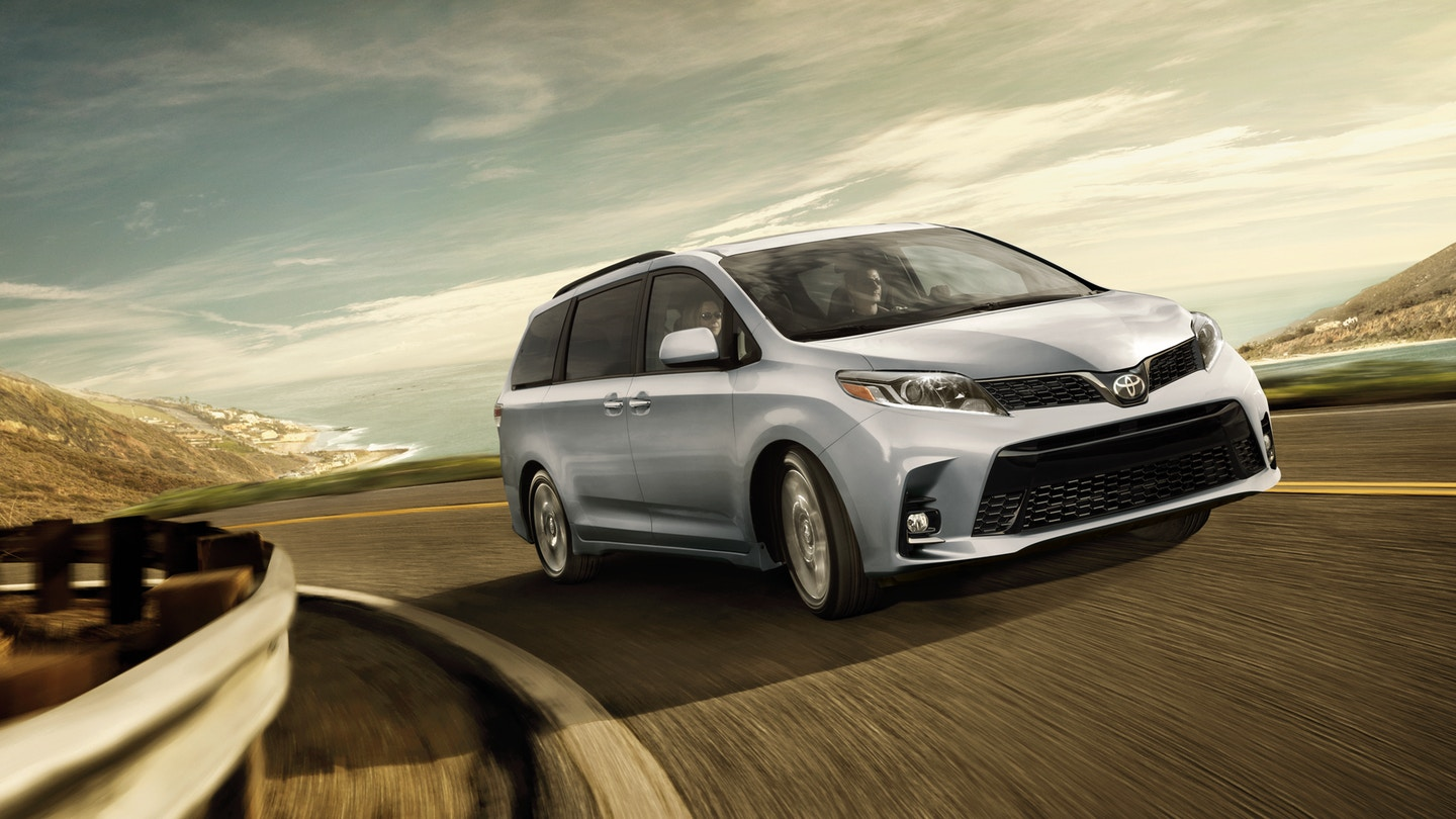2018 Toyota Sienna for Sale near Olathe, KS