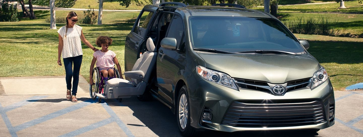 Toyota Sienna Service Manual: Data list active test