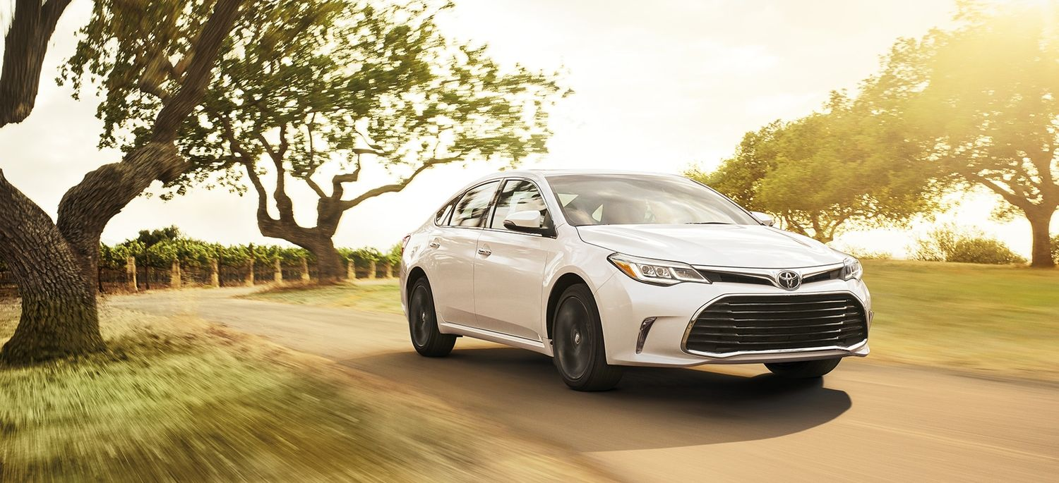 2018 Toyota Avalon Financing in Rockford, IL