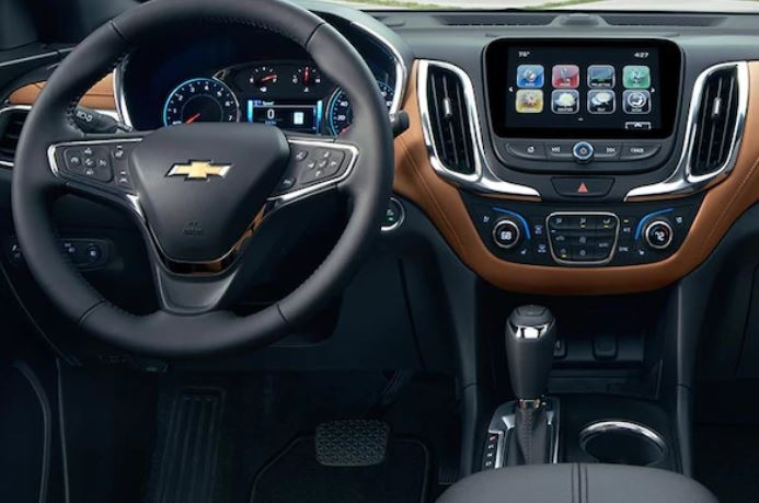 Interior of the 2018 Chevrolet Equinox