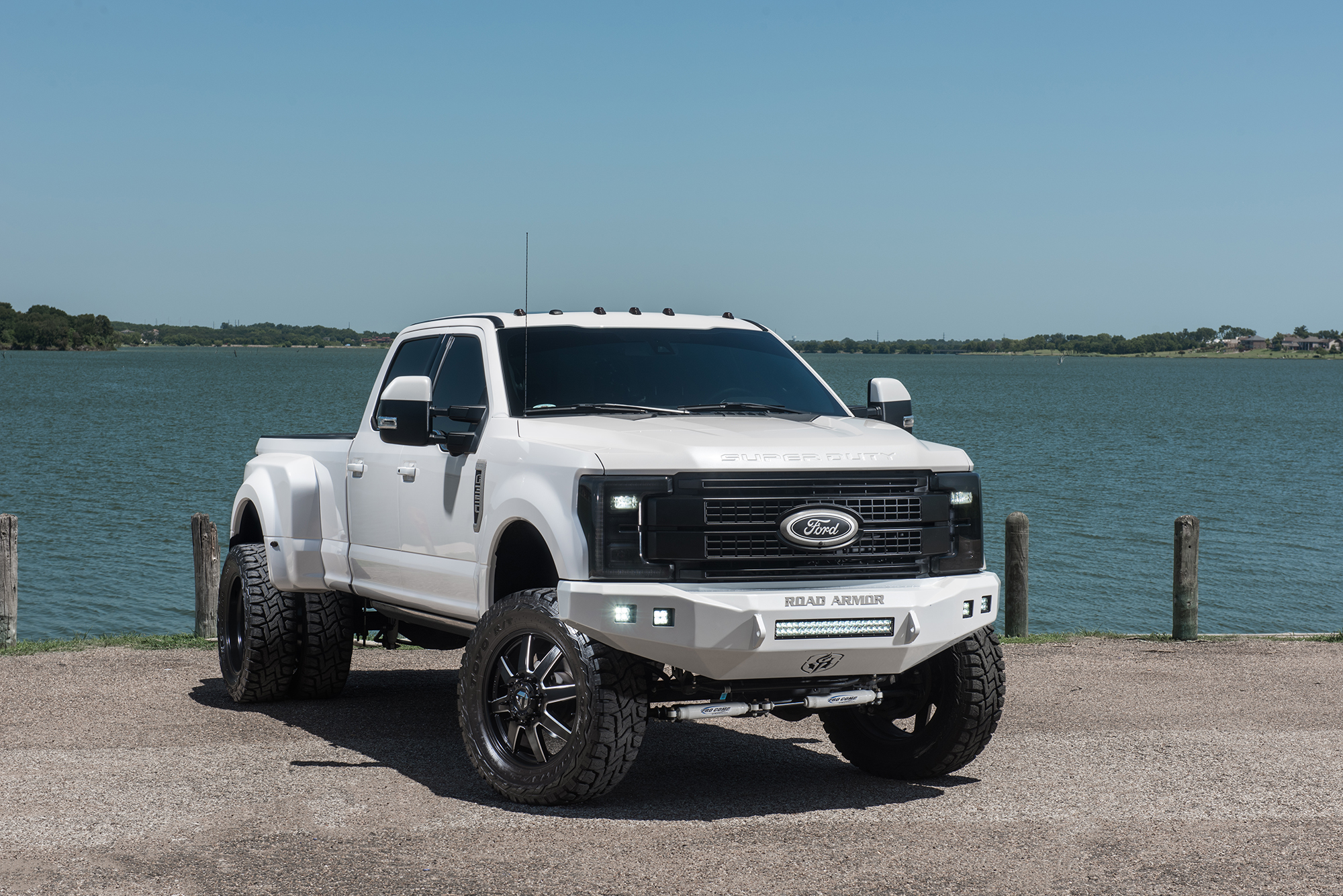 2017 ford f 350 dually platinum lifted 4x4 truck in white platinum metallic with 6