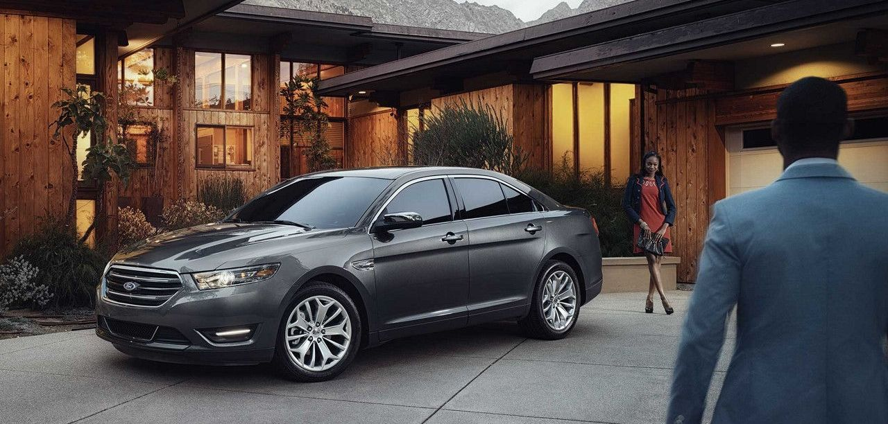 2018 Ford Taurus Financing in Garland, TX