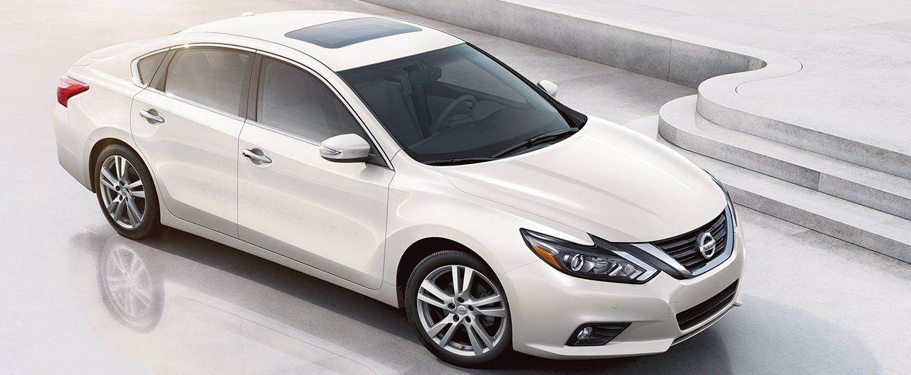 2018 Nissan Altima Leasing near Chicago, IL