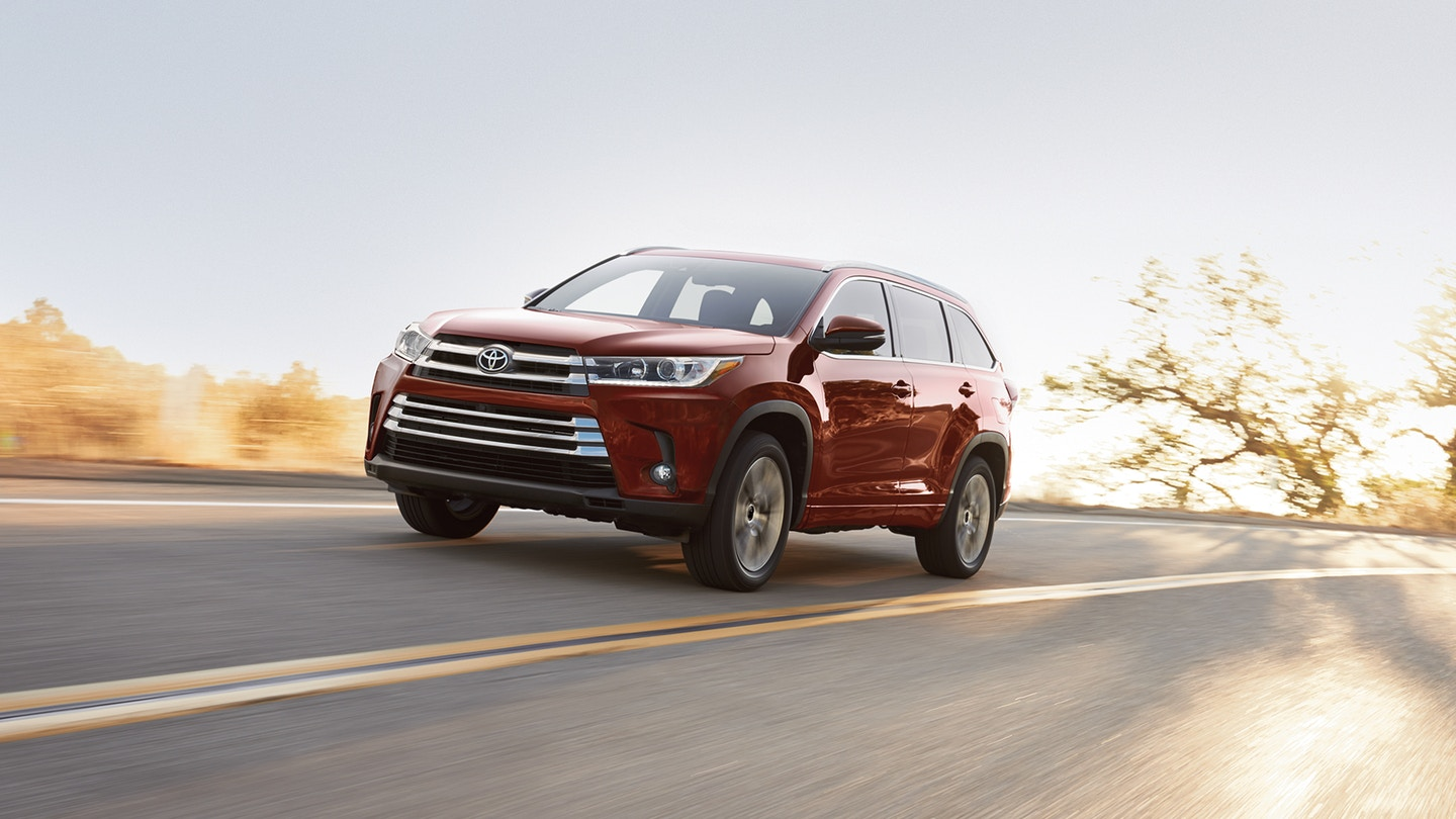 2018 Toyota Highlander vs 2018 Honda Pilot in Kansas City, MO
