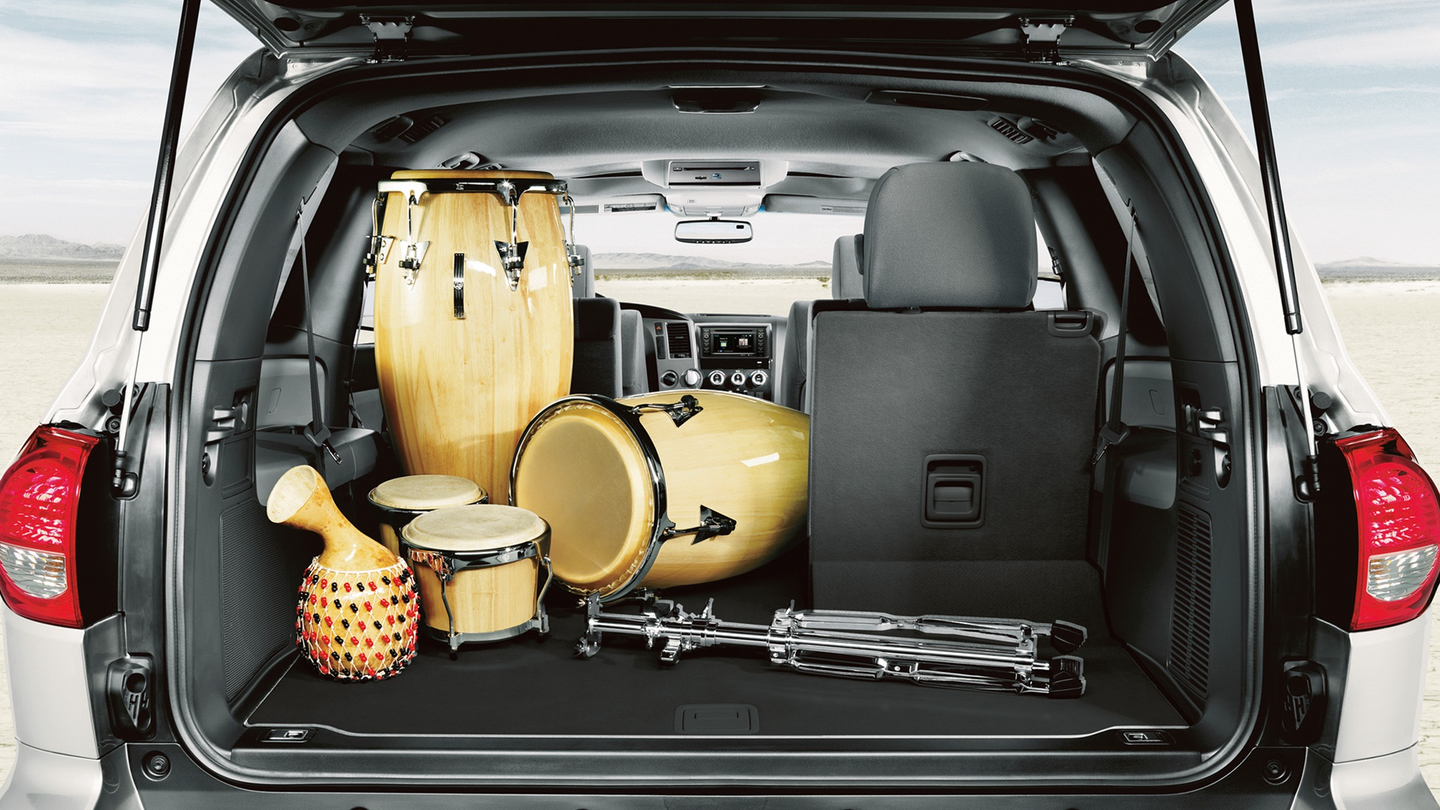 Enjoy the Amount of Space Inside the 2018 Toyota Sequoia!