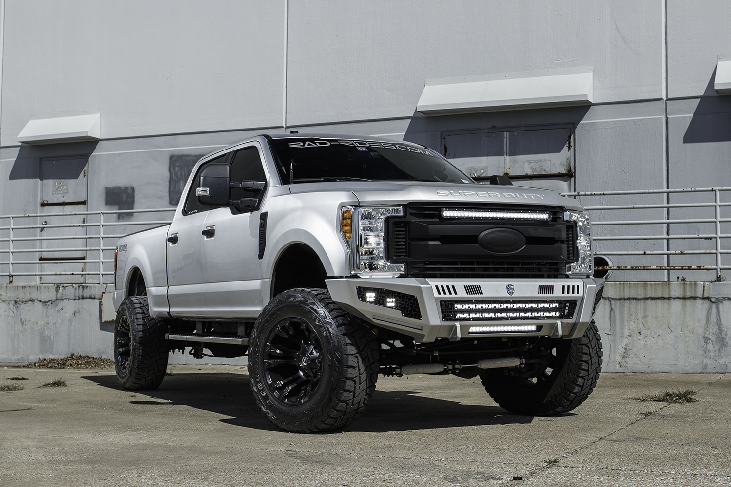 Ford f 250 super duty lifted 4x4 truck with road armor identity bumpers paint match