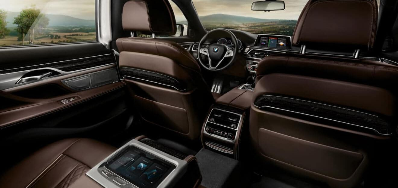 Accommodating Cabin of the 2018 BMW 7 Series