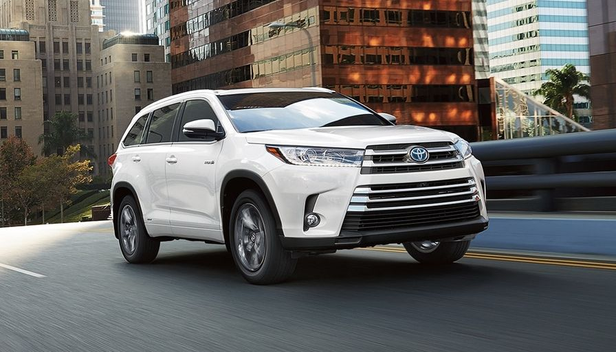 2018 Toyota Highlander for Sale near DeKalb, IL
