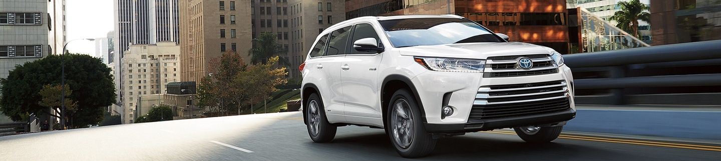 2018 Toyota Highlander Hybrid for Sale in Sacramento, CA
