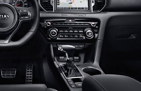 Interior of the 2018 Kia Sportage