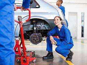 5b0ba5c2b0a AUTO COLLISION BODY SHOP REPAIR - Weseloh Chevrolet