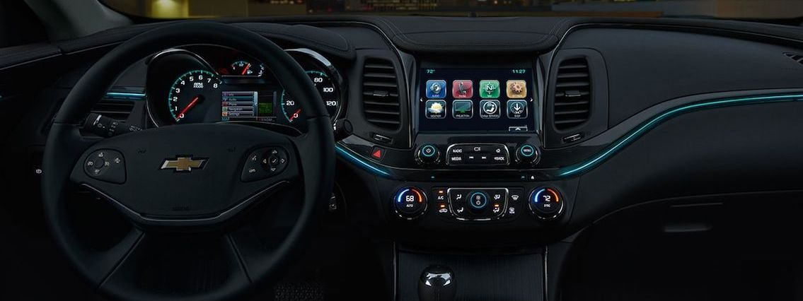Tech-Loaded Interior of the 2018 Chevy Impala