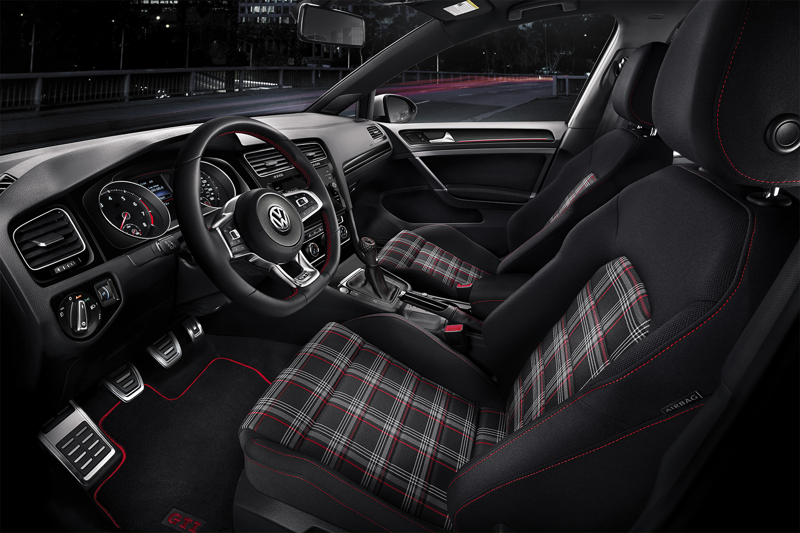 El divertido interior del Golf GTI