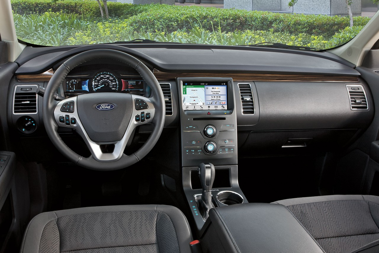 Tech-Loaded Interior of the 2018 Flex
