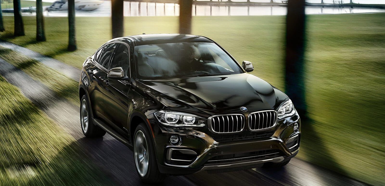 2018 BMW X6 vs 2018 Dodge Journey in Schererville, IN