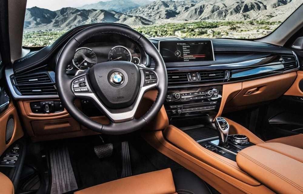 2018 BMW X6 Center Console