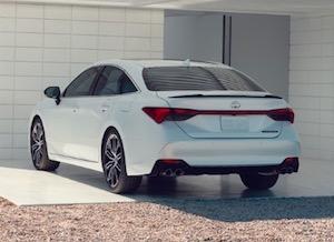 Exterior of the 2019 Toyota Avalon
