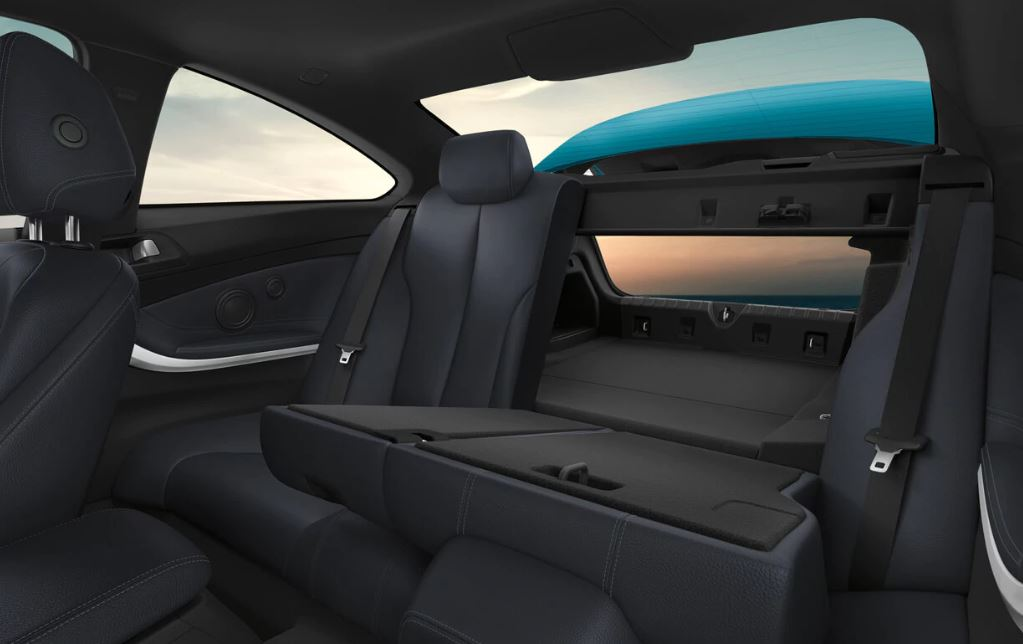 The Spacious Interior of the 2018 4 Series!