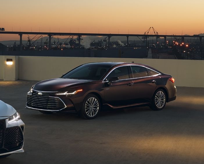 2019 Toyota Avalon Hybrid for Sale near Grandview, MO