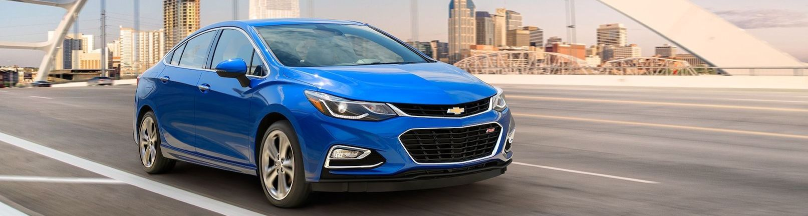 2018 Chevrolet Cruze vs 2018 Toyota Corolla near Merrillville, IN