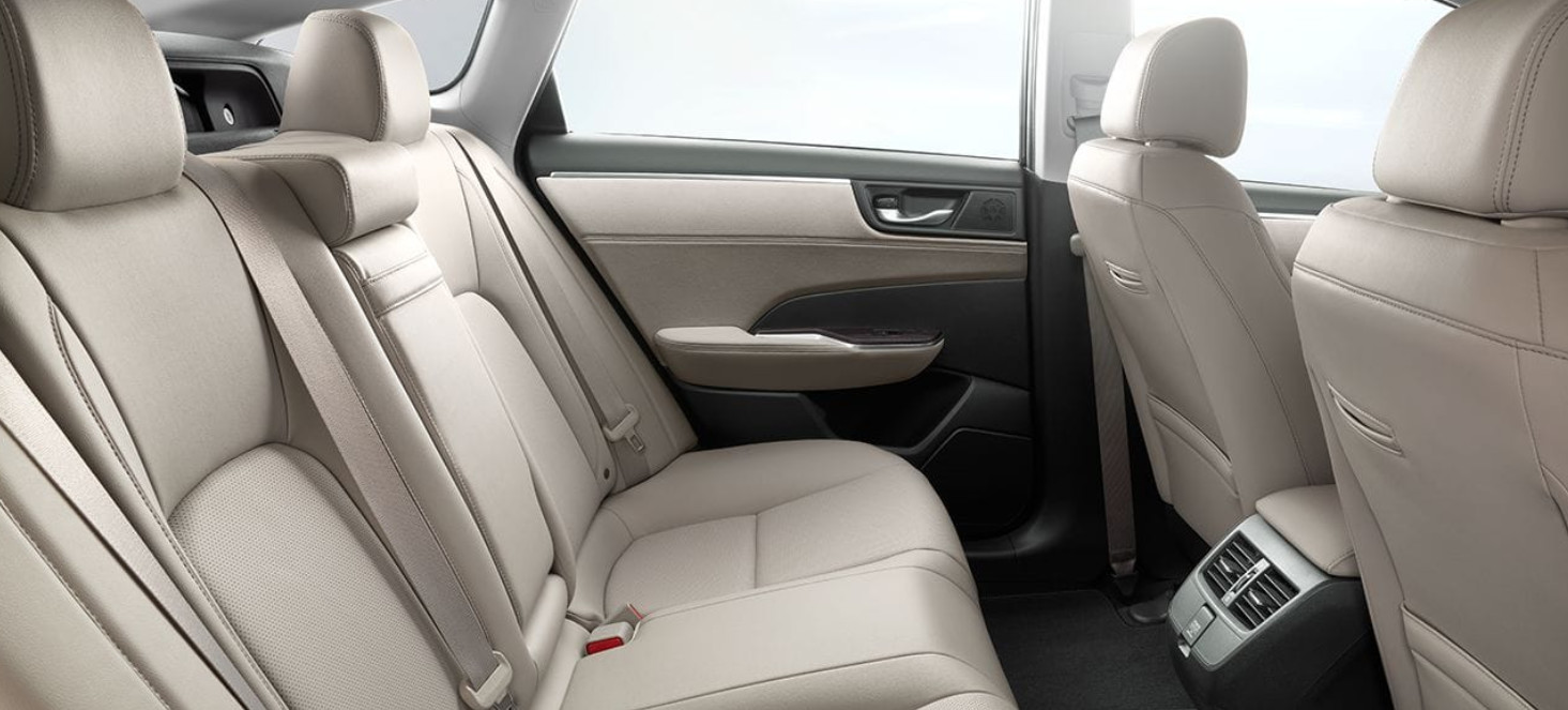 Honda Clarity Plug-In Hybrid Interior